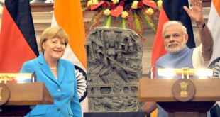 The Prime Minister, Mr. Narendra Modi with the German Chancellor, Dr. Angela Merkel, at the Joint Press Briefing, at Hyderabad House, in New Delhi on October 05, 2015.