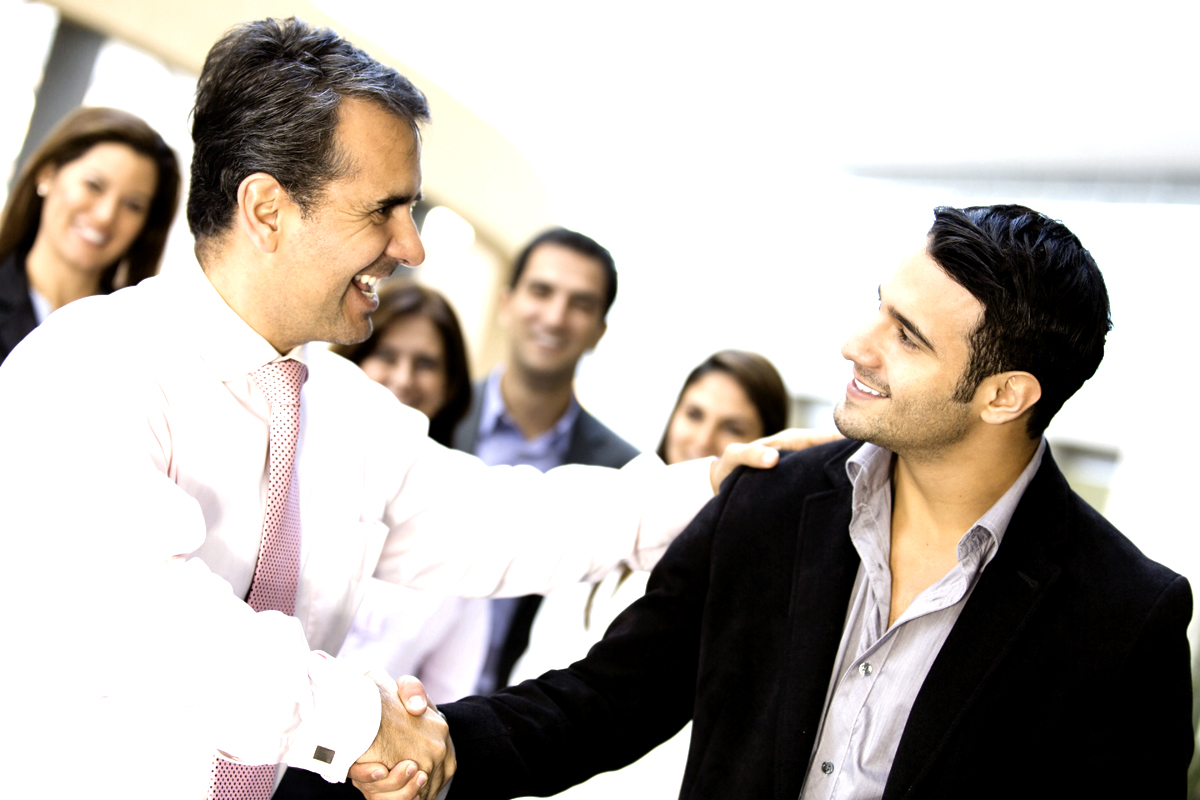 ways to successfully bond your employees groundreport communication