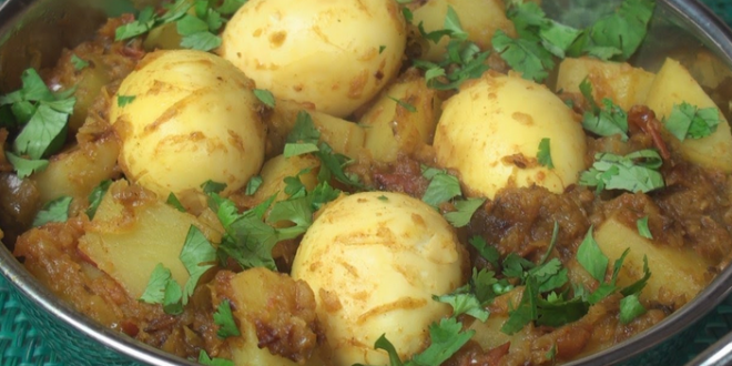 easy chicken curry eggs potatoes Masala recipe - GroundReport