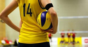 5 Reasons Why You Should Be Using An Arm Band During Training