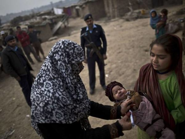 polio virus vaccination in pakistan