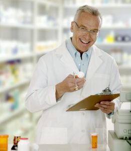 Do You Know the Difference Between a Pharmacy Technician and a Pharmacist?