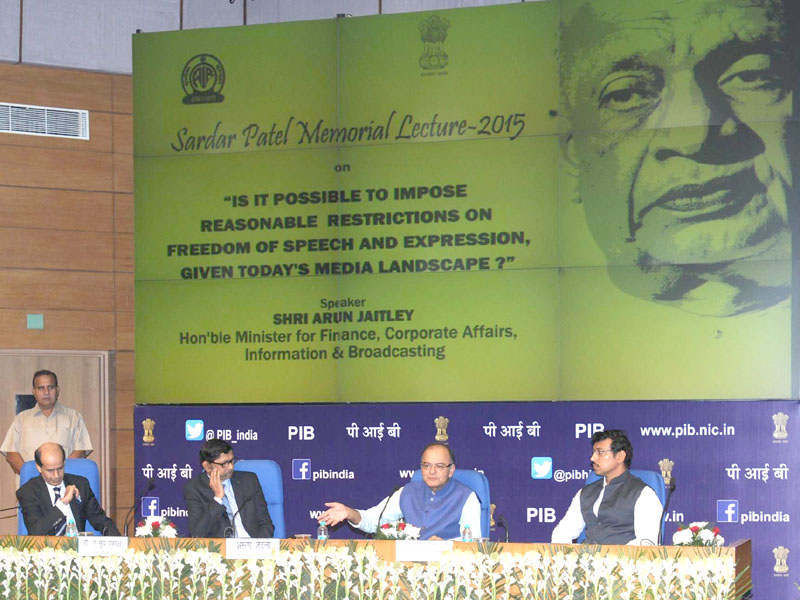 The Union Minister for Finance, Corporate Affairs and Information & Broadcasting, Mr. Arun Jaitley delivering the 'Sardar Patel Memorial Lecture – 2015', organised by the All India Radio, in New Delhi on October 26, 2015. The Minister of State for Information & Broadcasting, Col. Rajyavardhan Singh Rathore and the Chairman, Prasar Bharati, Dr. A Surya Prakash are also seen.