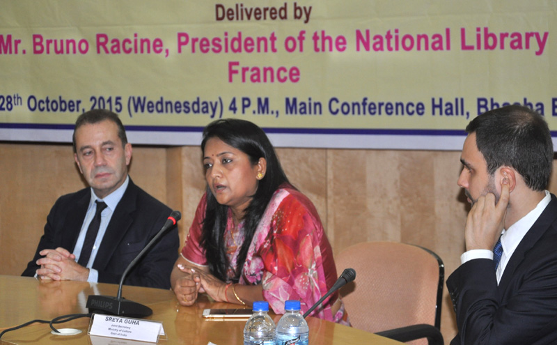 The Joint Secretary (Library), Ministry of Culture, Ms. Sreya Guha addressing after signing documents of an MoU on Digital Preservation and Conservation of Written Heritage at National Library, Kolkata on October 28, 2015. The President of National Library of France, Mr. Bruno Racine is also seen.
