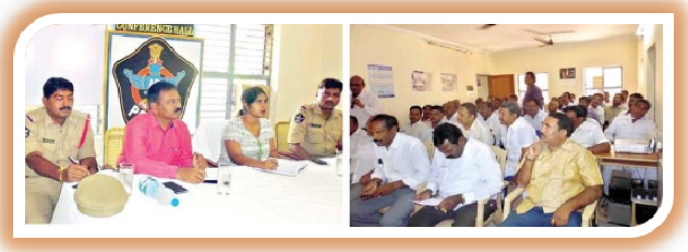 DSP Ms. Pujitha Neelam addressing at Review Meet with members of Dasara Festivities Committees in Police Station – 2 in Proddatur on 01-10-2015. (Picture Source: Andhra Jyothi)