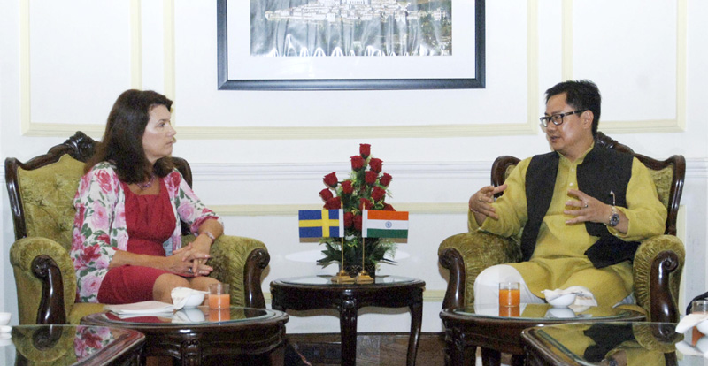 The State Secretary to the Ministry of Home Affairs of Sweden, Ms. Ann Linde meeting the Minister of State for Home Affairs, Mr. Kiren Rijiju, in New Delhi on October 06, 2015.