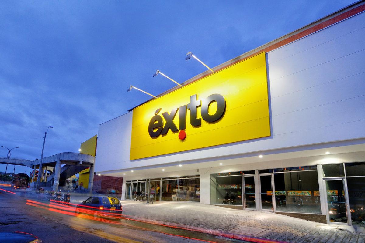 Exito-Cuba-Fachada