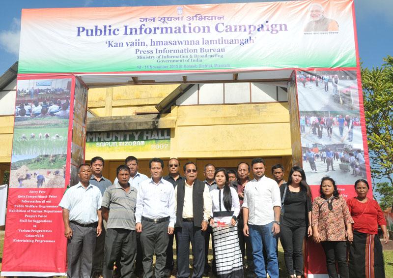 The Parliamentary Secretary,Mr. K. Lalrinthanga and officials, at the Public Information Campaign, at Saipum village of Kolasib District, in Mizoram on November 12, 2015.