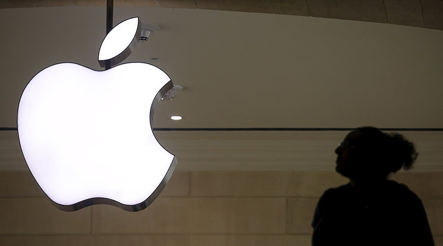 Apple's Fight Moves into First Amendment Territory