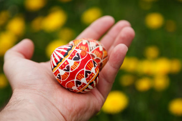easter-eggs-in-hand