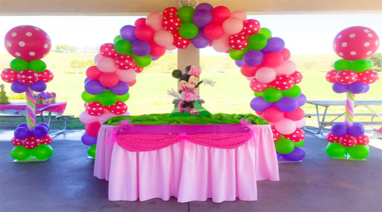 Spiral Balloon Decorations