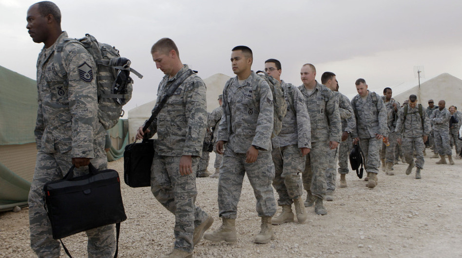 US Is Going To Land More Troops And Apache Helicopters In Iraq