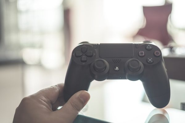5 Gaming Gadgets To Make Your Gaming Experience Sublime