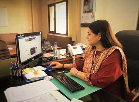 The Union Minister for Women and Child Development, Mrs. Maneka Sanjay Gandhi having a live facebook chat on the achievements of WCD Ministry, in New Delhi on June 01, 2016.