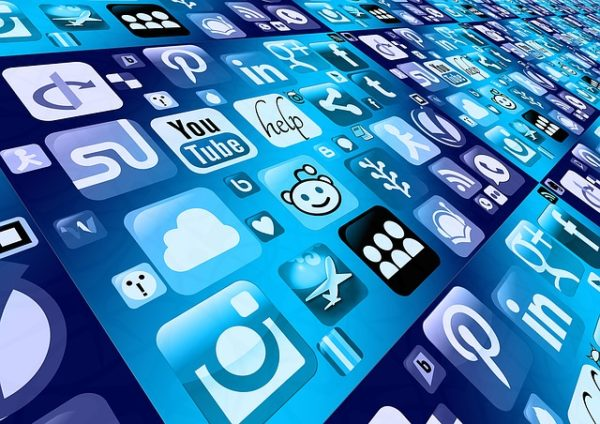 4 Brilliant Ways of Using Social Media Effectively to Get Business