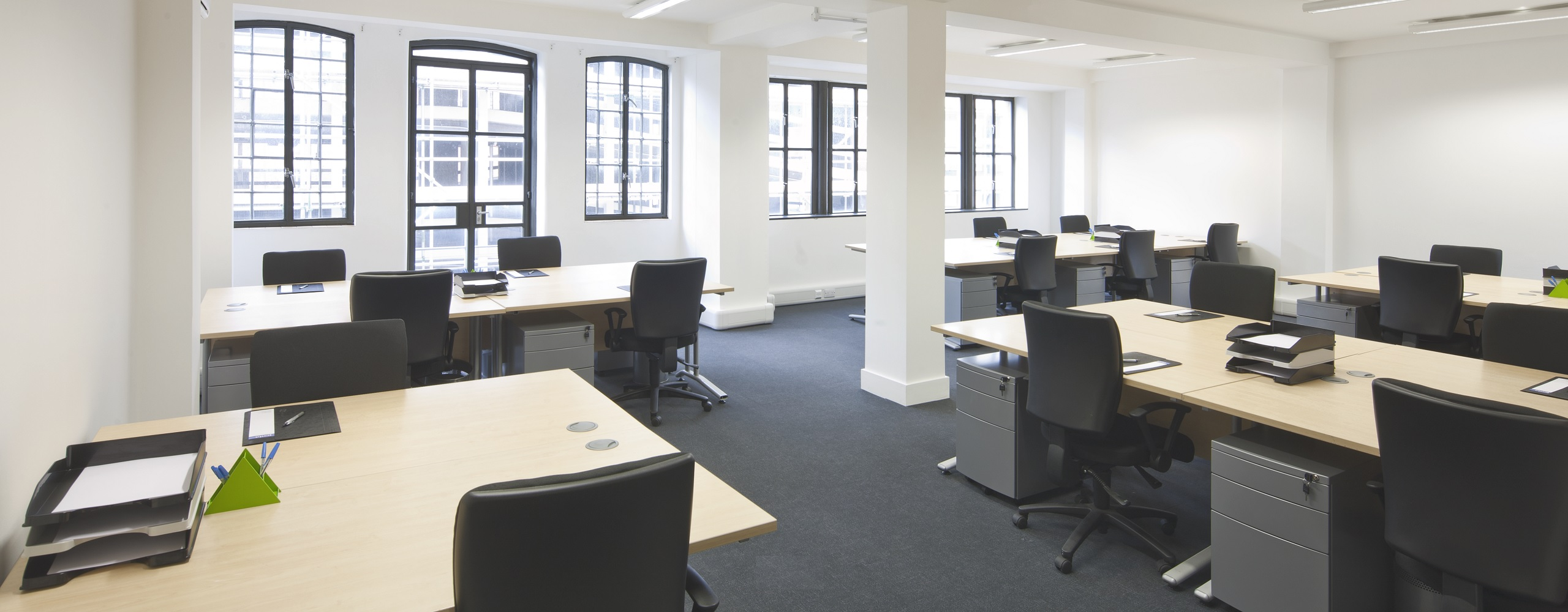 Picking the right office for your business 5 things to for Office space pics