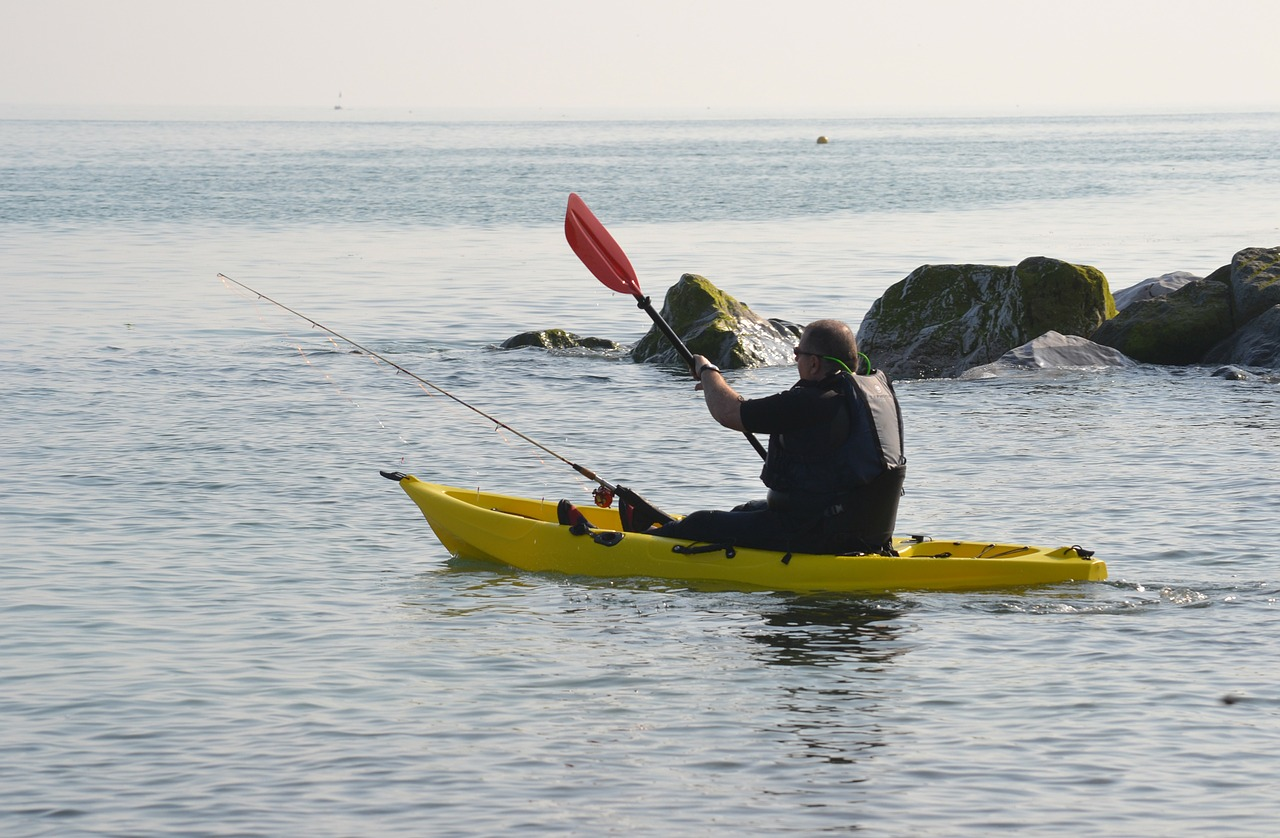 5 reasons to go kayak fishing today ground report for Fishing from a canoe