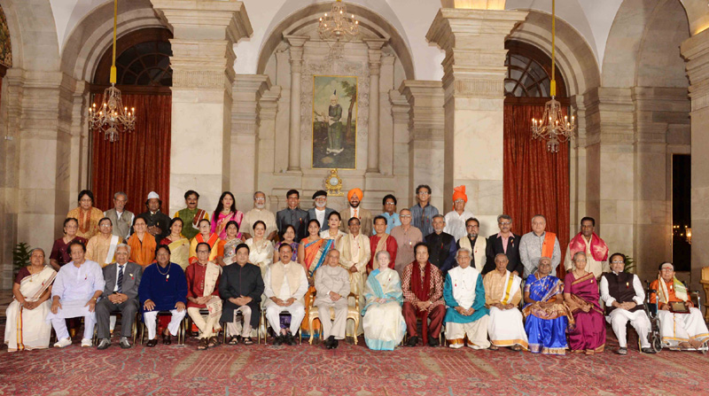 The President, Mr. Pranab Mukherjee with the recipients of the Sangeet Natak Akademi Fellowships and Sangeet Natak Akademi Awards-2015, at an investiture ceremony of the Sangeet Natak Akademi Fellowships and Sangeet Natak Akademi Awards-2015, at Rashtrapati Bhavan, in New Delhi on October 04, 2016. The Minister of State for Culture and Tourism (Independent Charge), Dr. Mahesh Sharma is also seen.