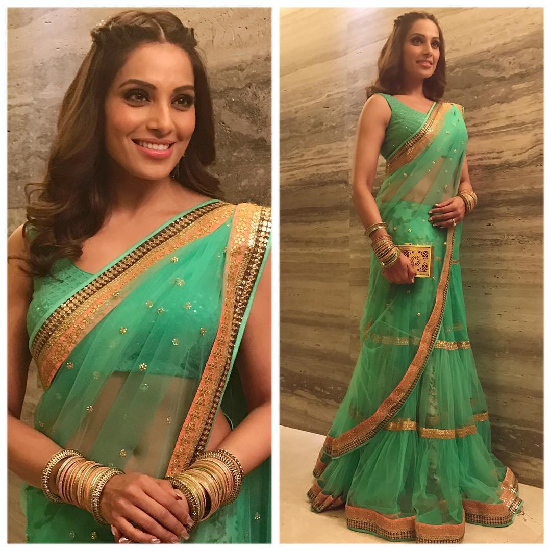 Bipasha Basu defines beauty