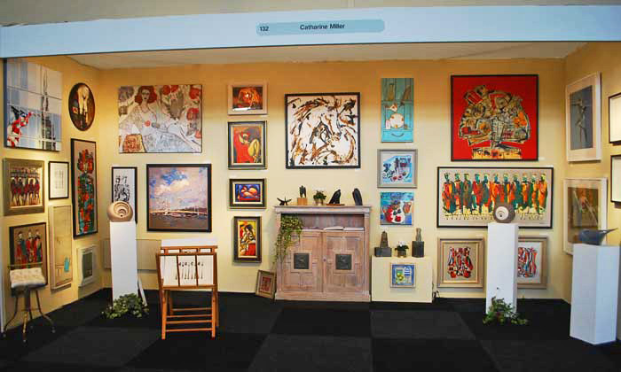 Exhibition Stand Drawing : Organizing and staging your first art exhibition