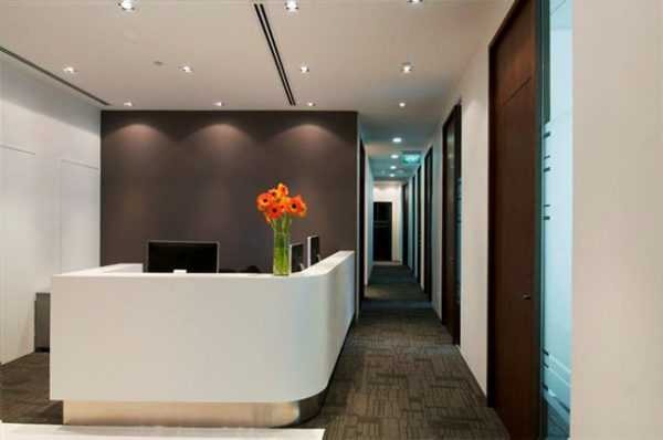 Create An Inviting Entrance Way Into Your Business