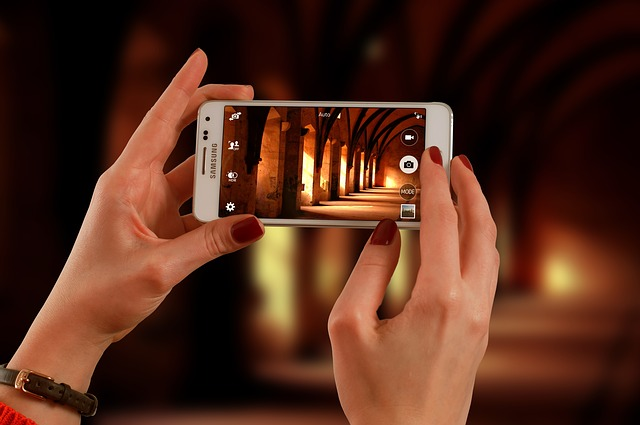 10 Cool Smartphone Photography Tricks for Clicking Better Pictures